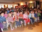 A gyerekek örömmel nézték a Pillangó bábszínház műsorát.